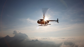 best-of_heli-in-der-Luft_ueber-den-Wolken_rotorflug